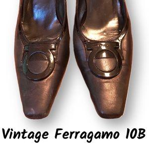 Genuine vintage black Ferragamo heels 10B